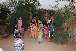 Vi fikk en varm velkomst på barnehjemmet i Madurai.
