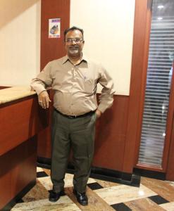Jothiraj - en av sjefene på hotellet vårt.